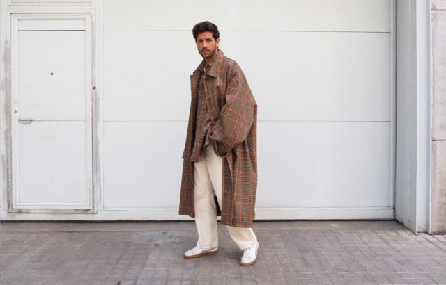 Joaquín López Coat Checks 1 - LR3