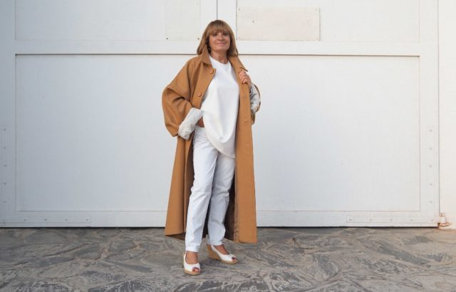 Rizalina Álvarez Coat Camel - LR3