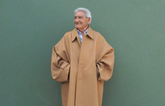 Jose García Coat Camel - LR3