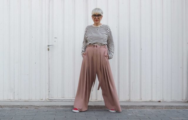 Lidia Mombiela Trousers Dusty Pink - LR3