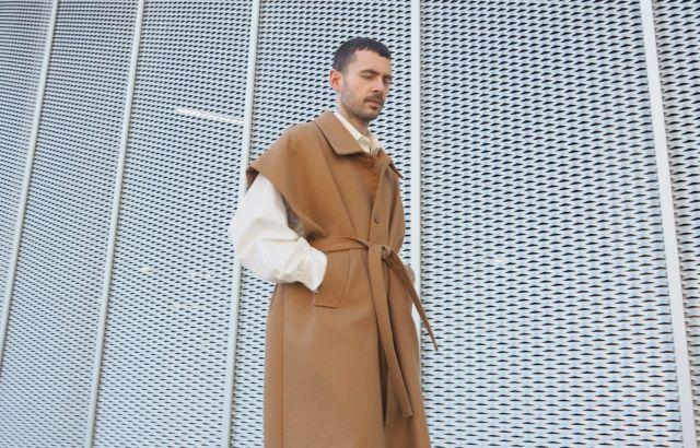 Juanma Sleeveless Coat Camel - LR3