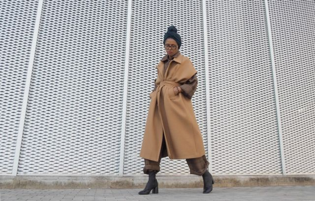 Christina Kapongo Sleeveless Coat Camel - LR3