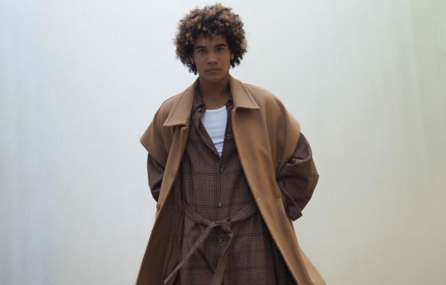 Euris Ovalles Sleeveless Coat Camel - LR3