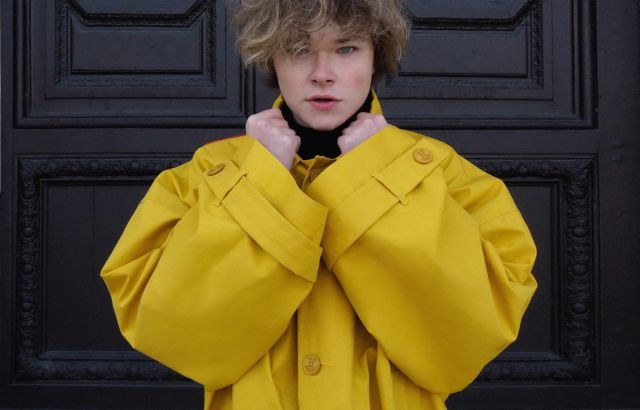 Victor Scarnier Raincoat Yellow - LR3