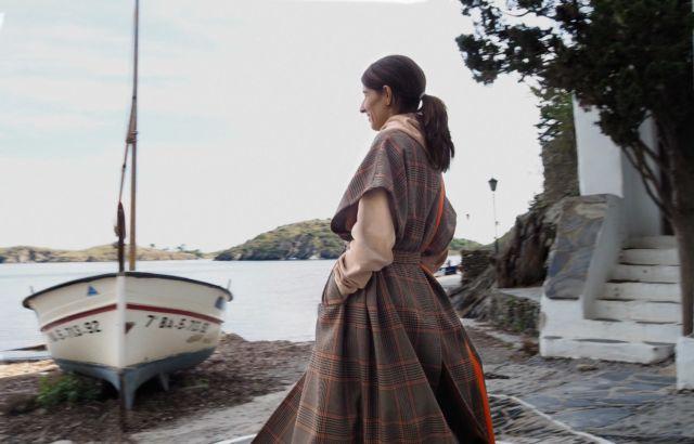 Diana Corrales Sleeveless Coat Checks 1 - LR3