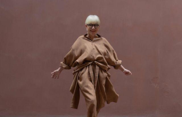 Lidia Mombiela Shirt Dark Camel - LR3